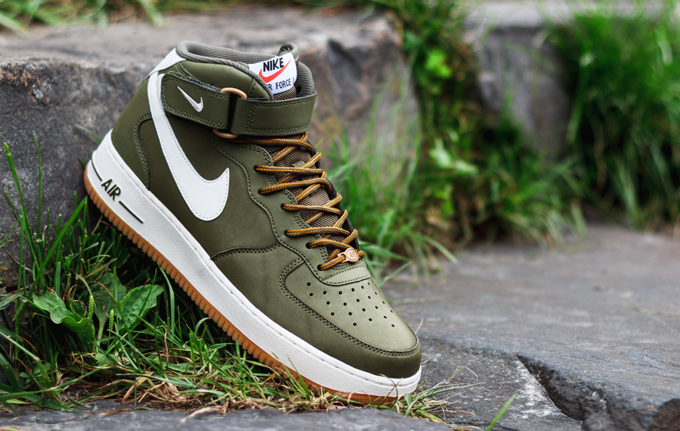 Transeúnte Solo haz extraño  Buy nike air force 1 07 olive green > up to 76% Discounts