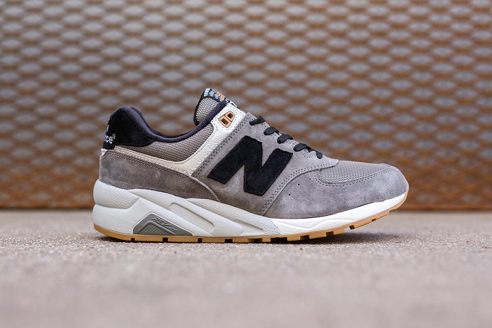 New Balance 572 beige