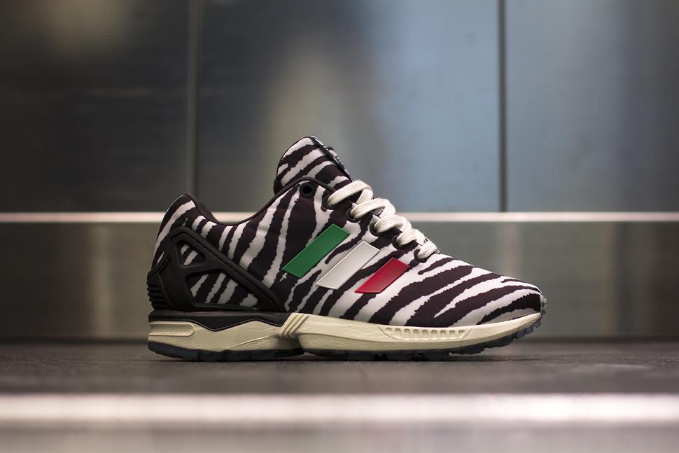 adidas zx flux italia zebra