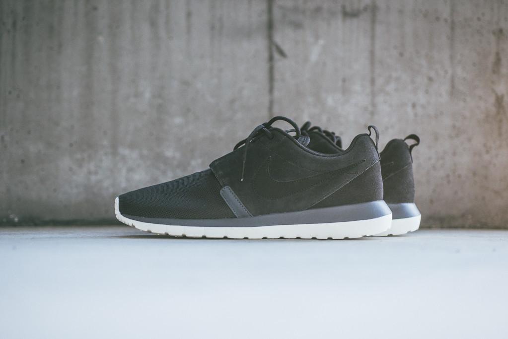 low priced d739b f605a Nike Roshe Run NM