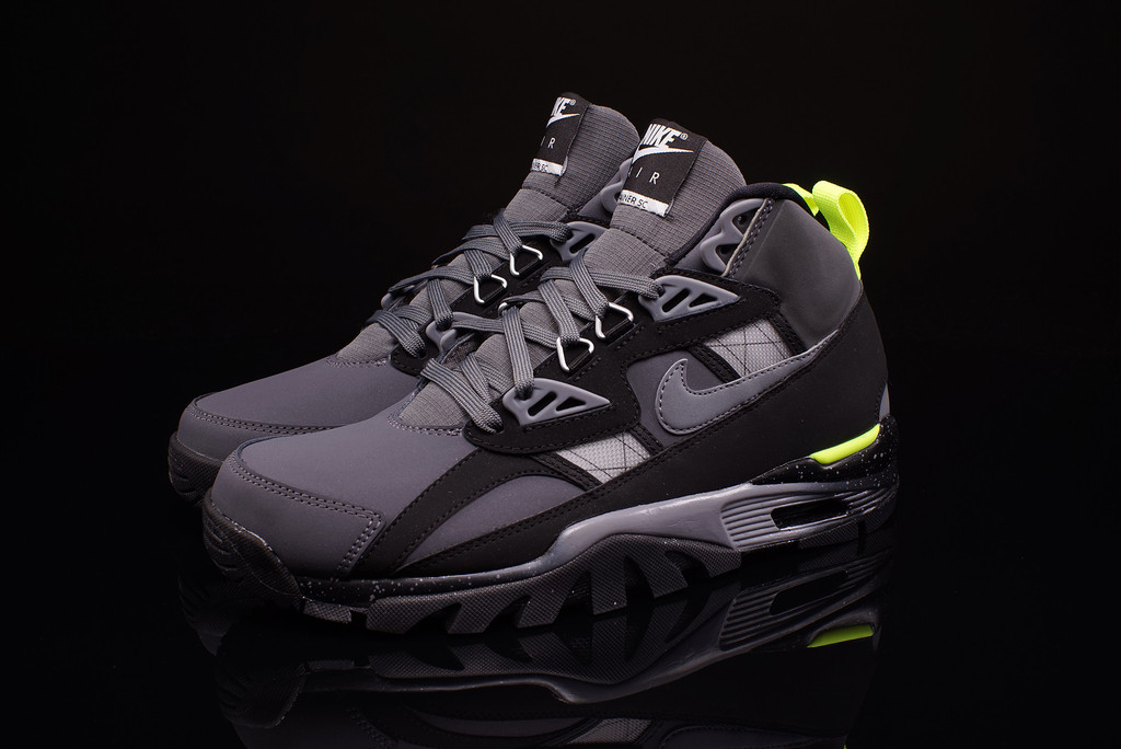 check out 46dce be37e Nike Air Trainer SC Sneakerboot