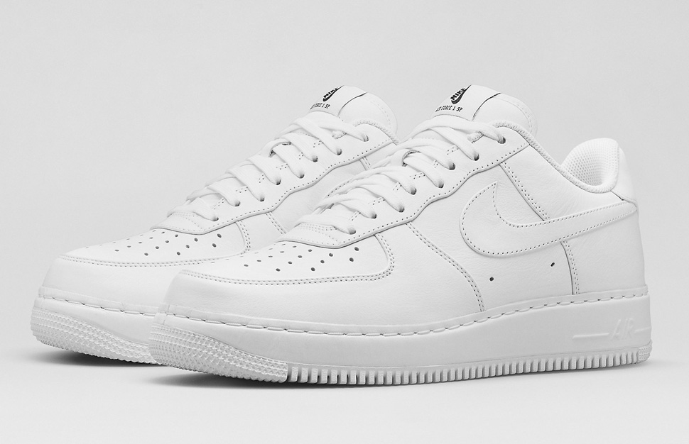 competitive price 6998e bf704 italy nike air force 1 white low low cut 3bf90 937a9