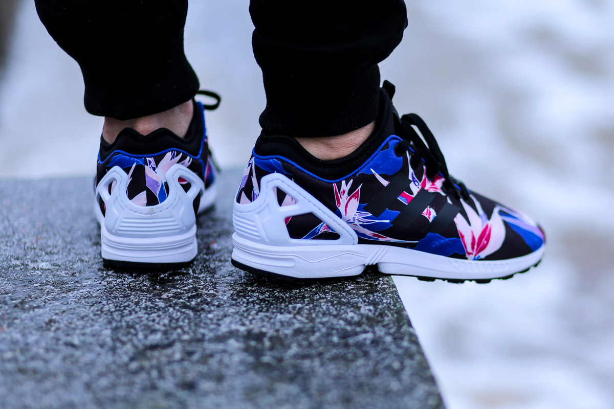 detailed look a70fe 651e1 adidas ZX Flux NPS
