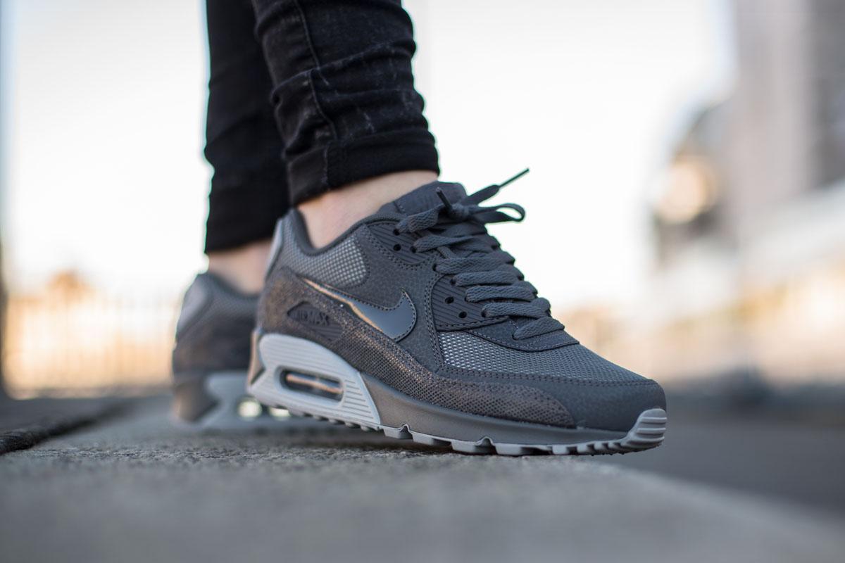 faebbb1d13 Nike Air Max 90 Premium
