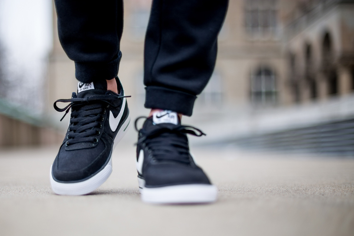 buy online b1fe7 fa012 ... Nike Air Force 1 AC ...