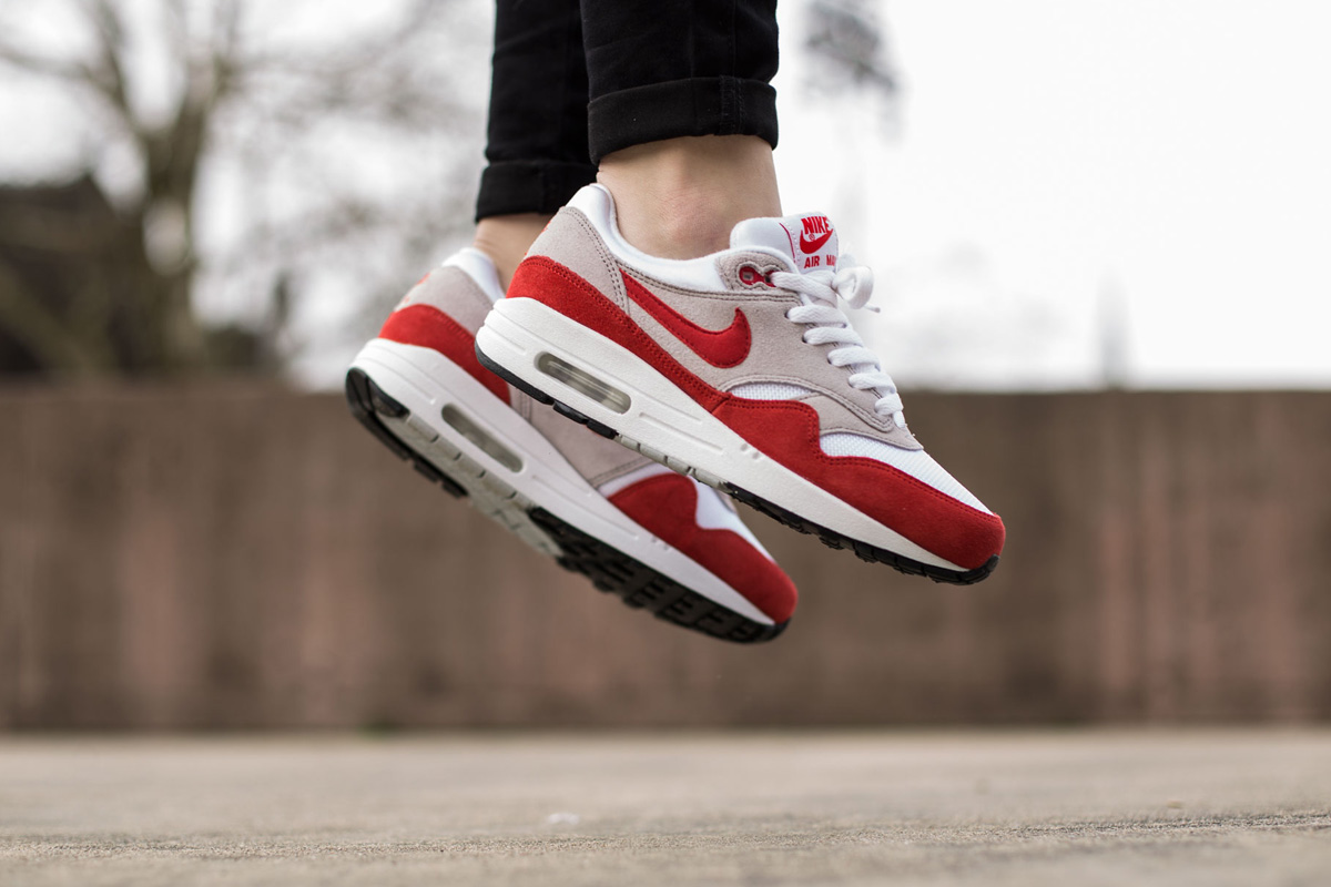 "Nike Air Max 1 GS ""Challenge Red†- OG EUKicks Sneaker Magazine 58f199db8"