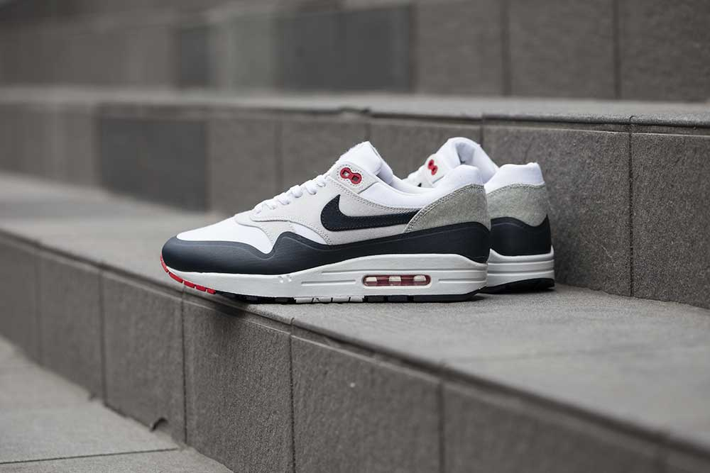25d71a66cd ... czech releasing nike air max og patch pack 12f5f 030f1