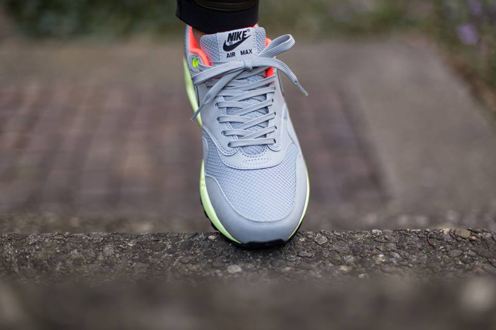 super popular edf40 bd871 Nike Air Max 1 FB