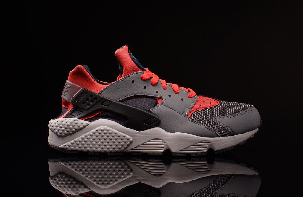 huge discount 5c2cb c35b5 Nike Air Huarache