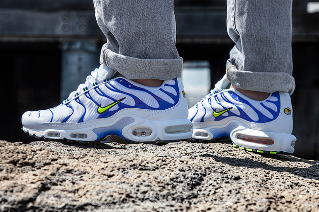 boutique nike waves