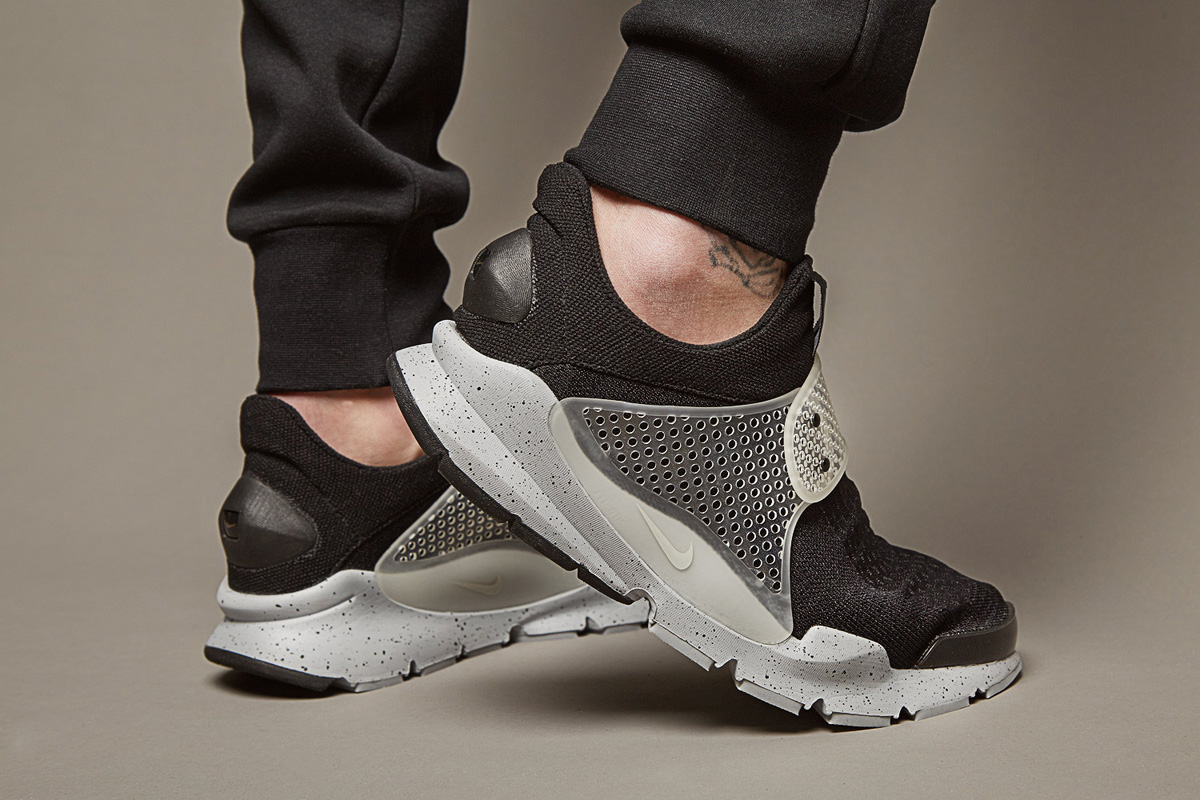 brand new 76787 2430a Fragment Design x Nike Sock Dart SP