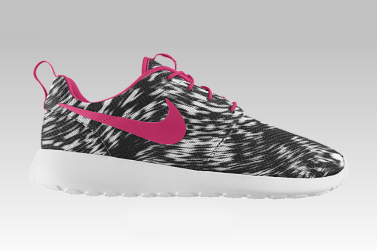 fe30c1c4c9e Nike iD Roshe One (Girls) Wind Blur Graphic Option - EU Kicks ...