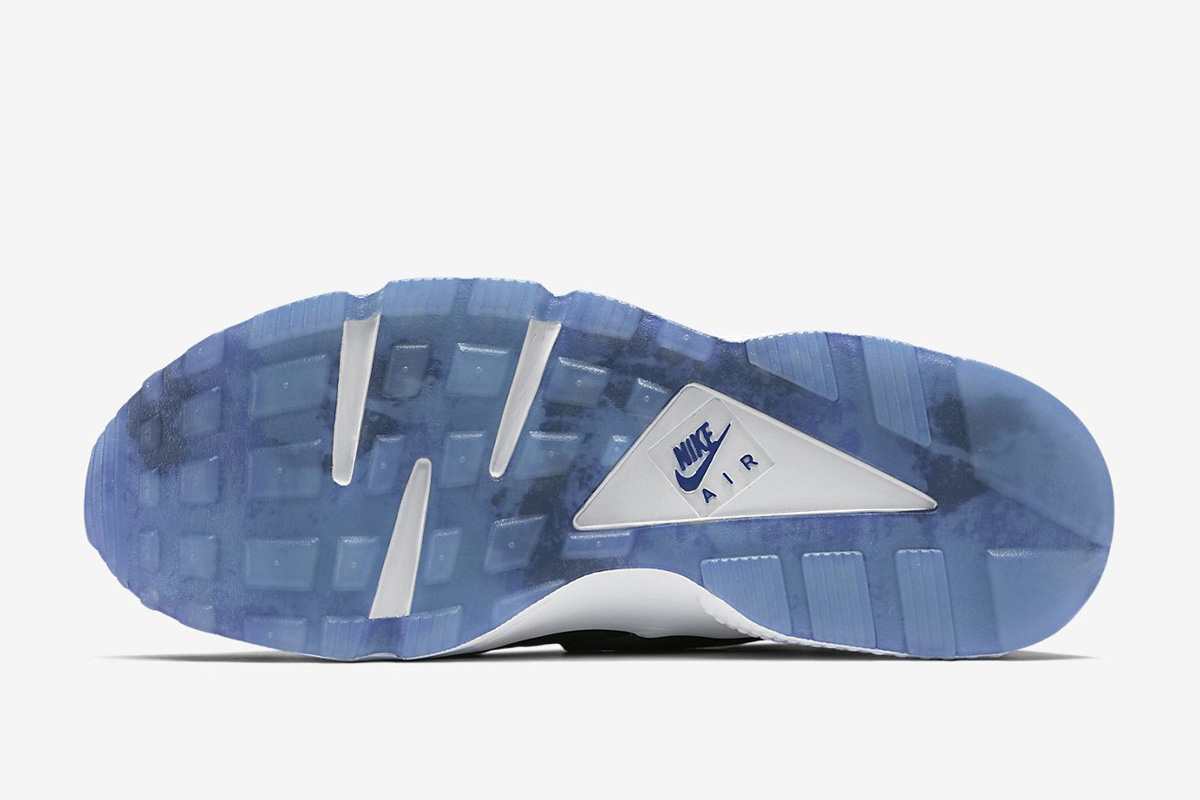 d267127d4ef7 Nike Air Huarache Run SD