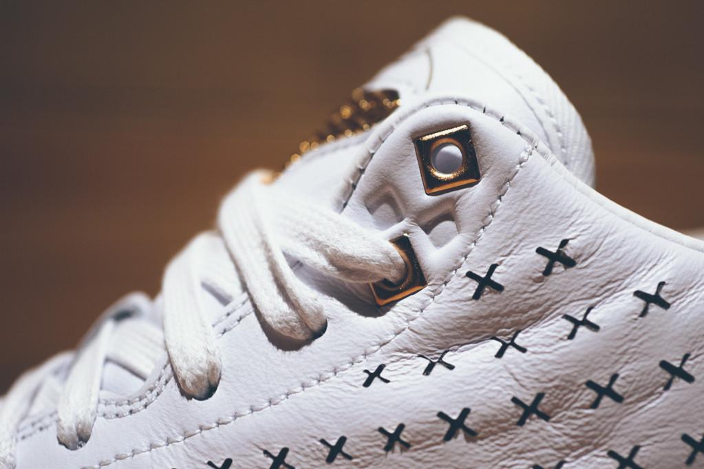 793ab81d707 Nike Kobe X Mid EXT