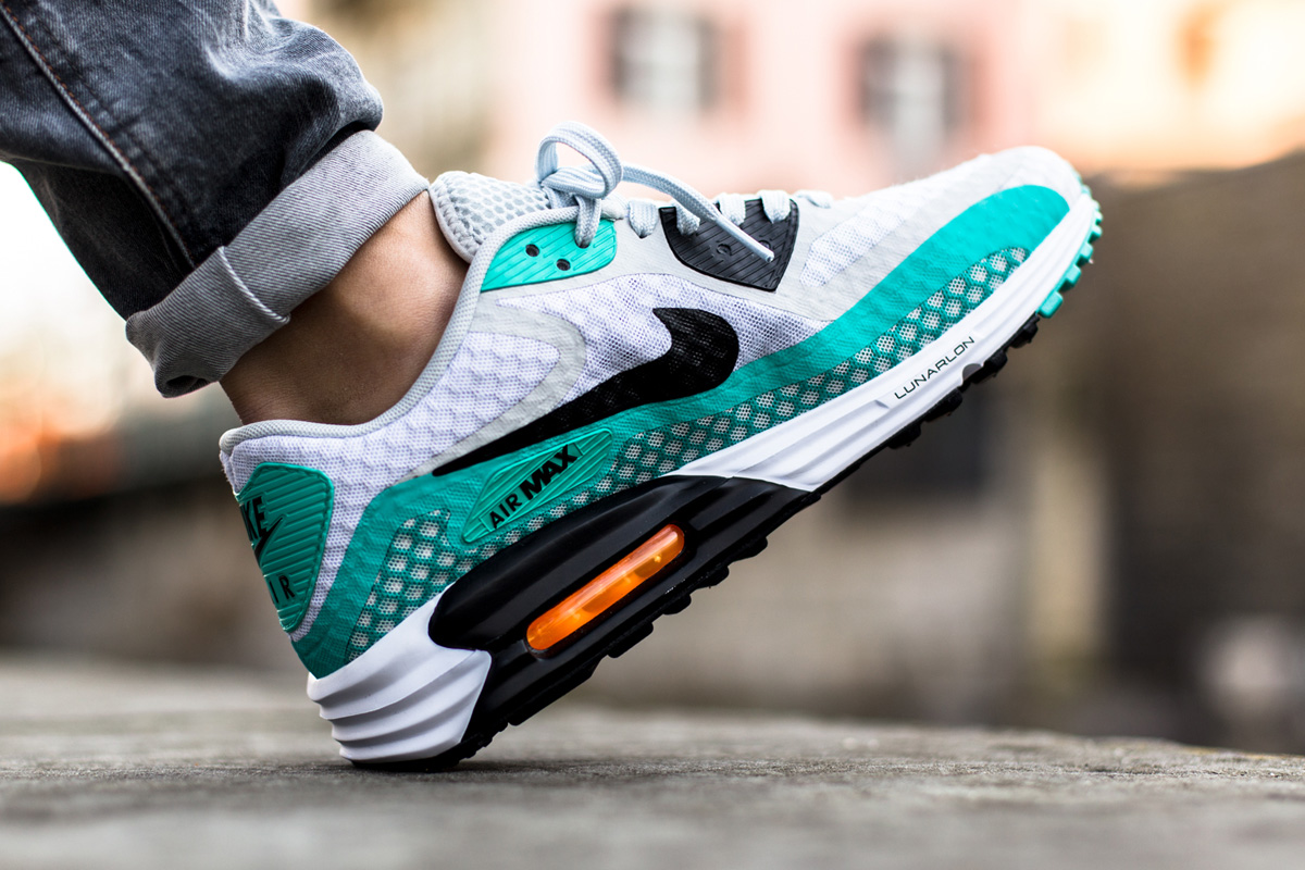 new style 9703e 95d81 Nike Air Max Lunar 90 Breeze