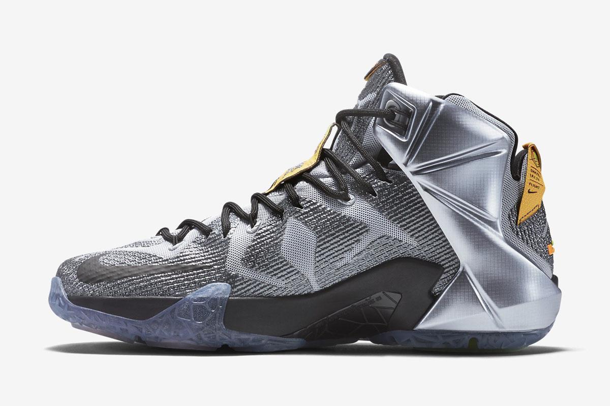 271259b5ce2 Nike LeBron 12