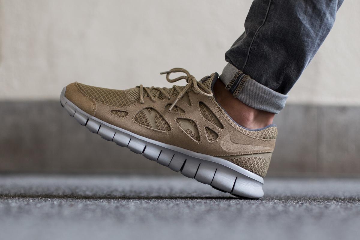 Nike Free Run 2 Scarpe da uomo, kaki (cachi), 47.5 EU