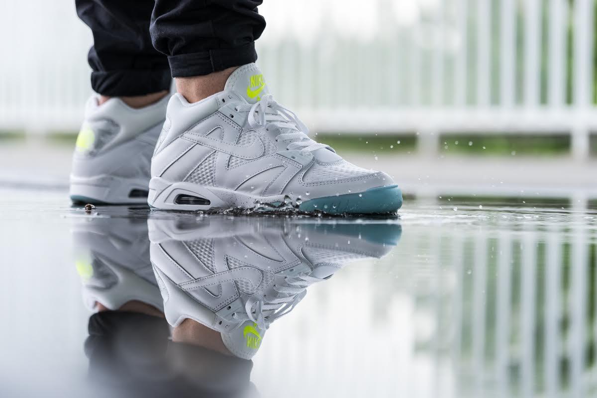 Nike Air Tech Challenge III