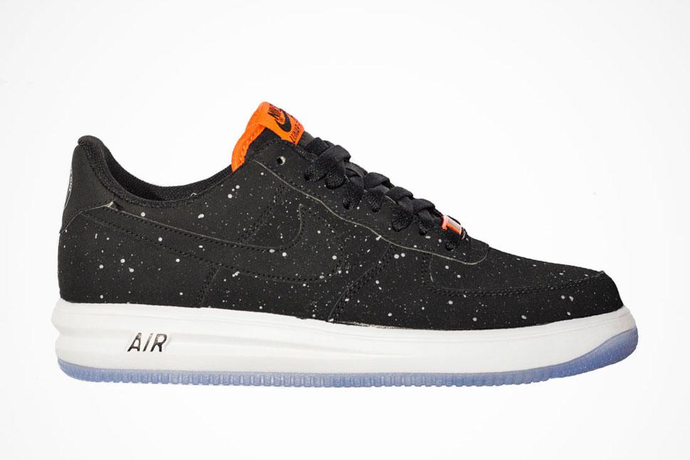 lowest price 225b4 7b997 Nike Lunar Force 1