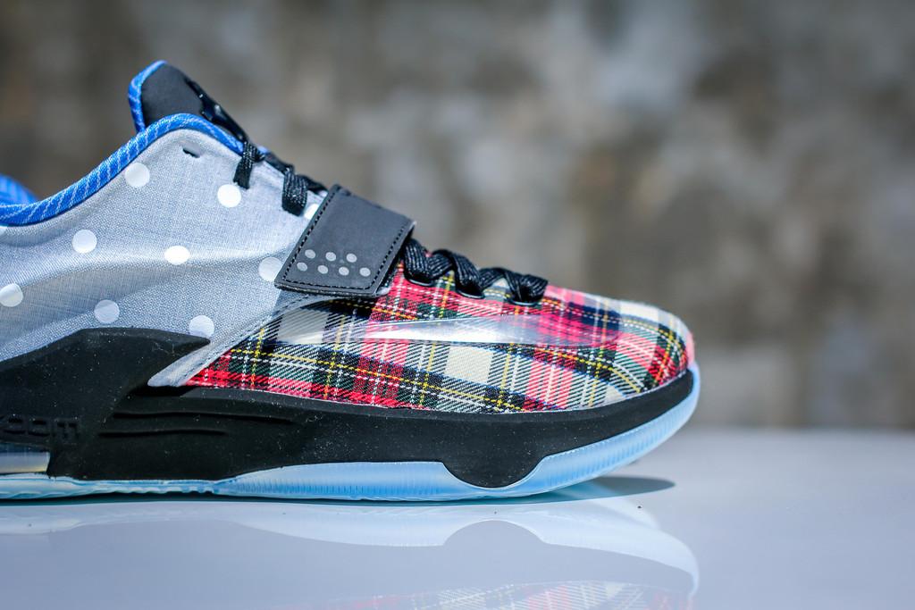 """quality design 34ad7 0cfb6 Nike KD VII EXT CNVS QS """"Tartan   Polka Dots"""""""