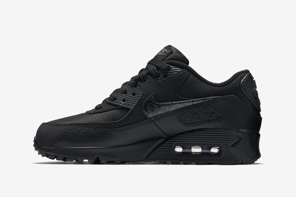 nike air max 90 youth black and white