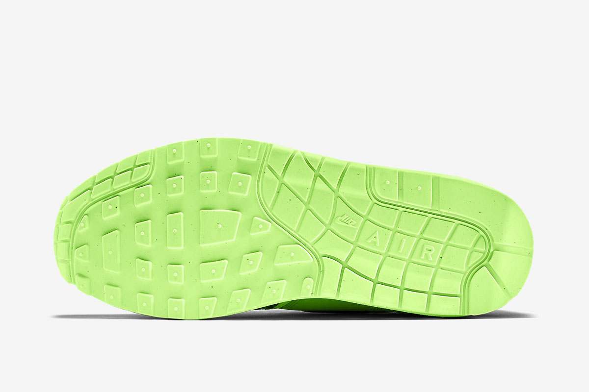 "68a796a72df EU Kicks EU Releases Nike Air Max 1 Essential ""Flat Silver Ghost Green Midnight  Navy"""