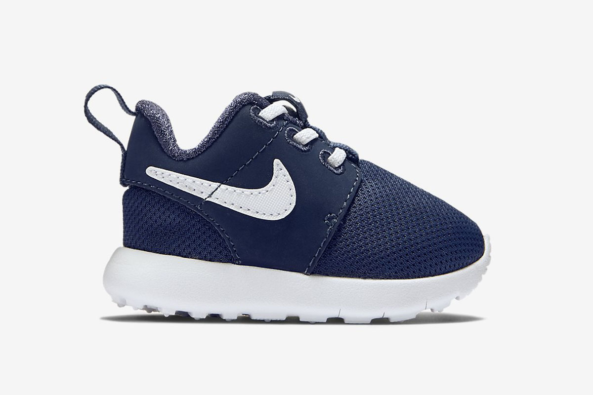 infant nike roshe navy