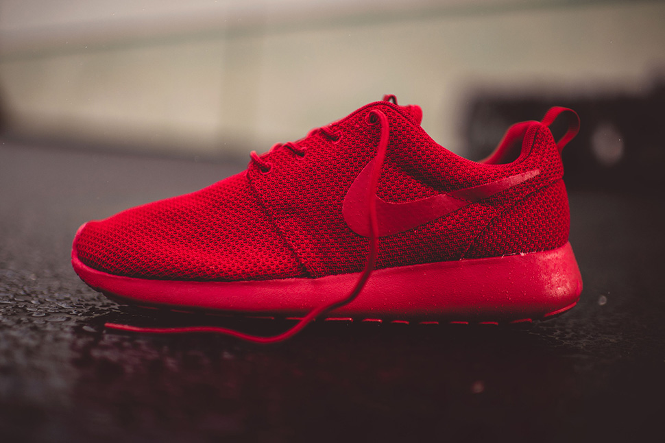 low priced 93082 bba3f Nike Roshe One