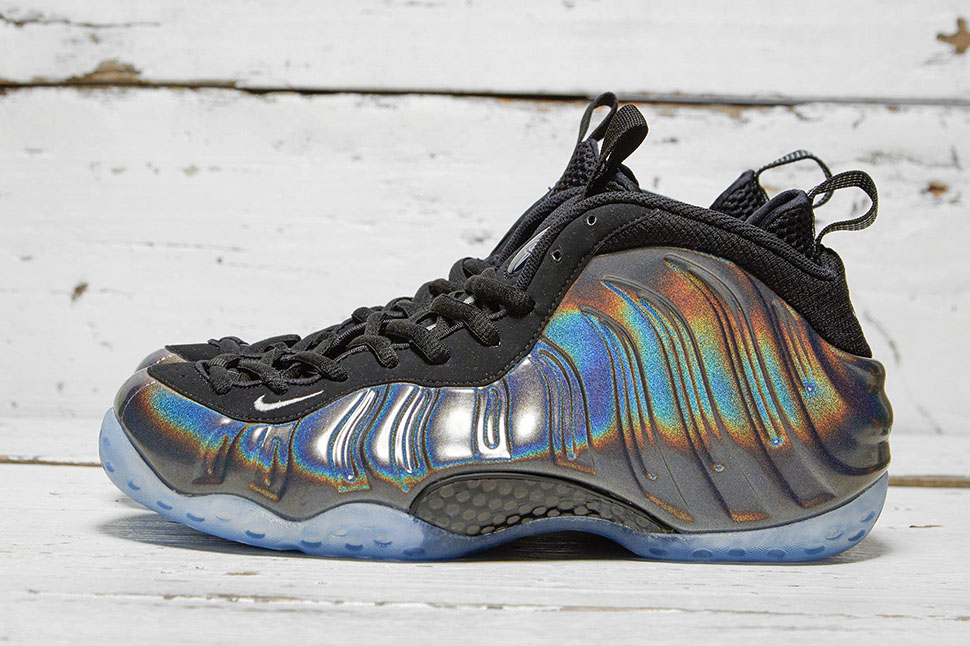 ca2ed6af21147 ... best price nike air foamposite one hologram ce9e7 f8ee2