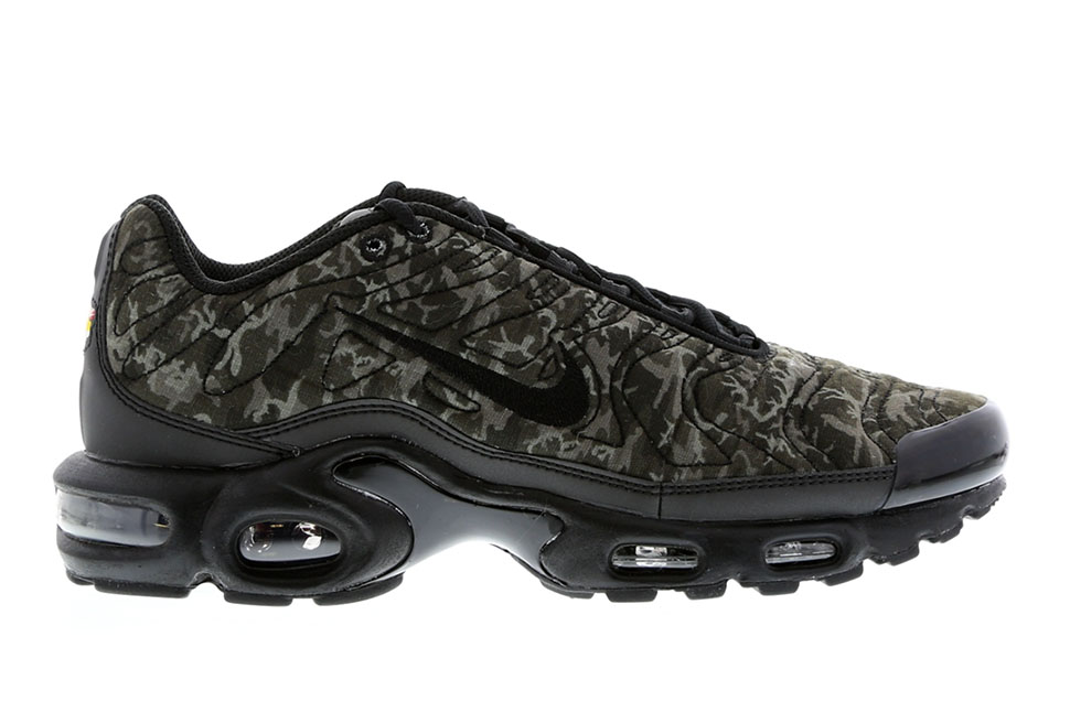 f89046e5c0 ... running shoes for 366ab 67796; norway nike air max plus tuned 1 quilted  camo a8d45 76d3c