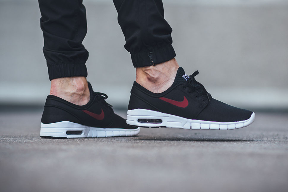 online store details for pretty nice Nike Sb Stefan Janoski Max Red - Musée des impressionnismes Giverny