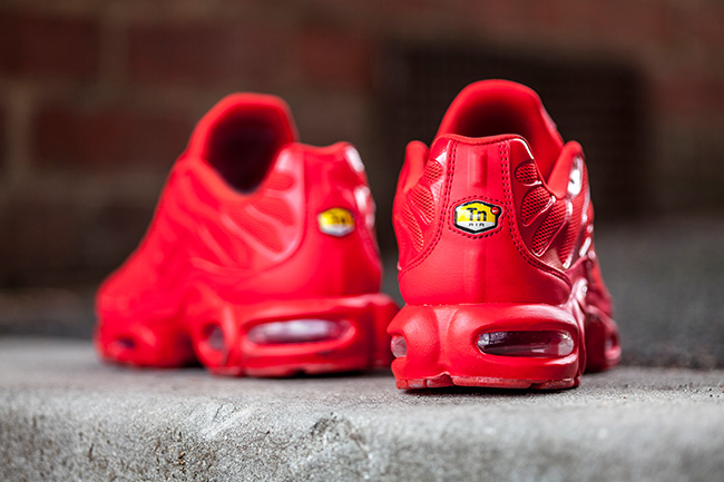 Nike Air Max Plus Triple Redd