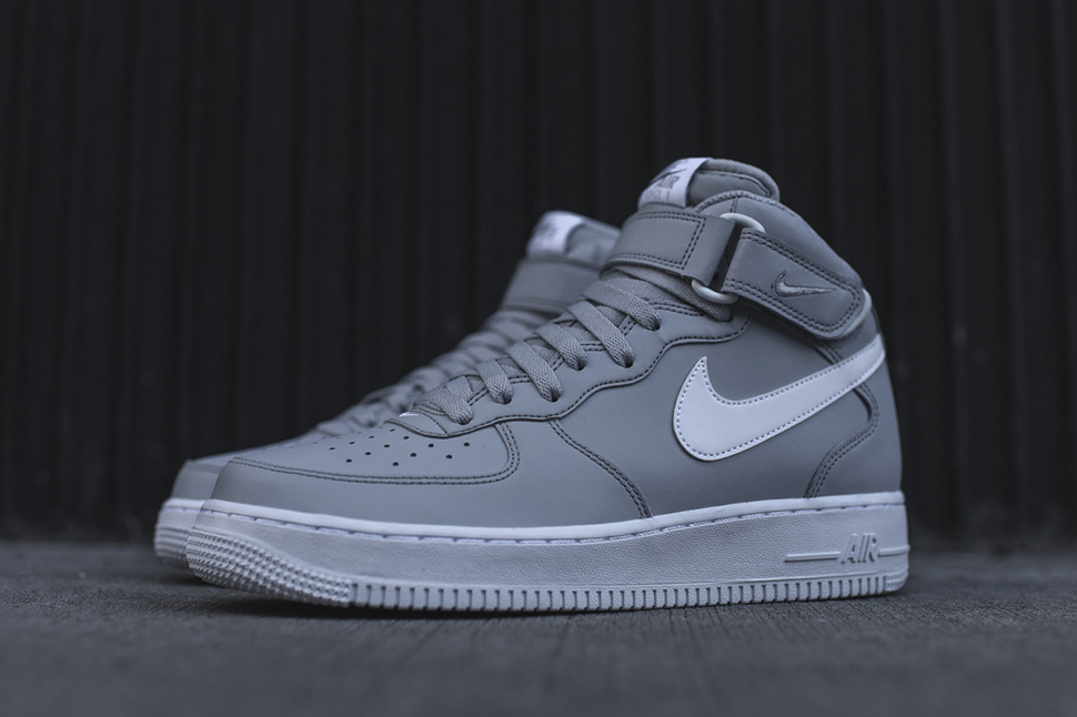 air force 1 mid black and grey