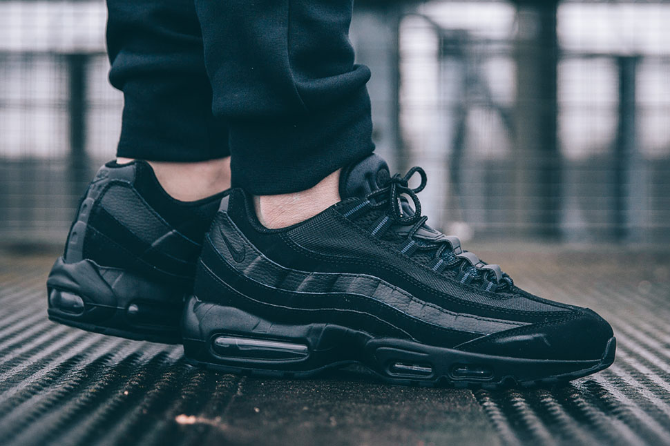 air max 95 on feet