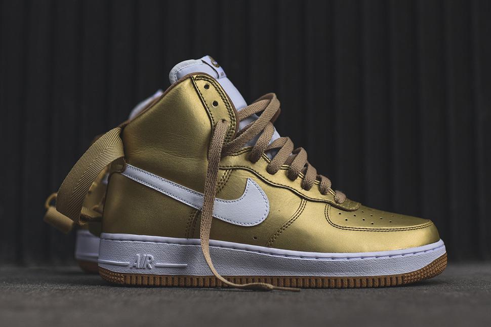 Nike Air Force 1 Hi Retro
