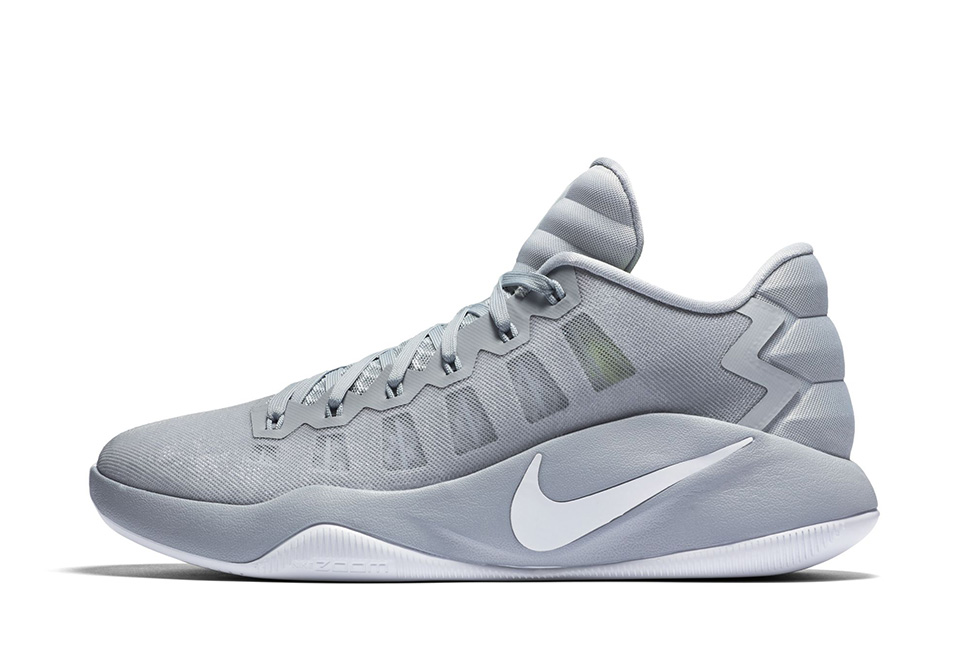 51d5bd588cdb ... Nike Hyperdunk 2016 Low Three Colorways Dropping on July 5th This  Colorway of the Nike Hyperdunk 2016 Features the Hyperdunk 2008 -  WearTesters ...