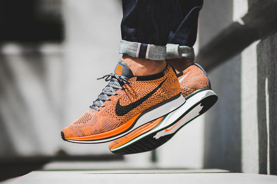 hot nike flyknit racer total orange foot 10157 13748