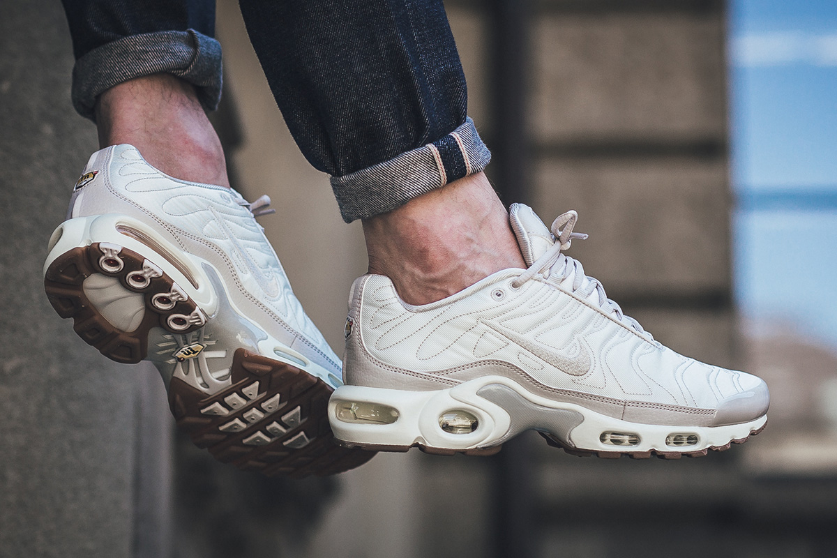 premium selection 42967 26526 nike air max plus premium tn
