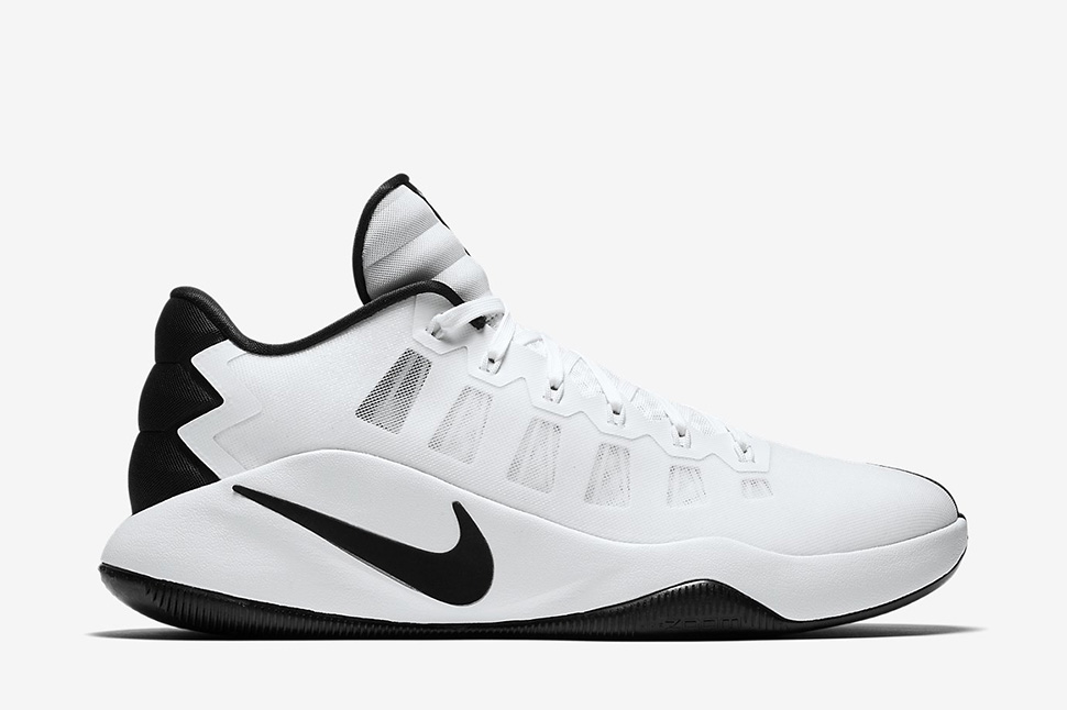 460f7b567426 ... discount nike hyperdunk 2016 low white black 6a3de 5884d
