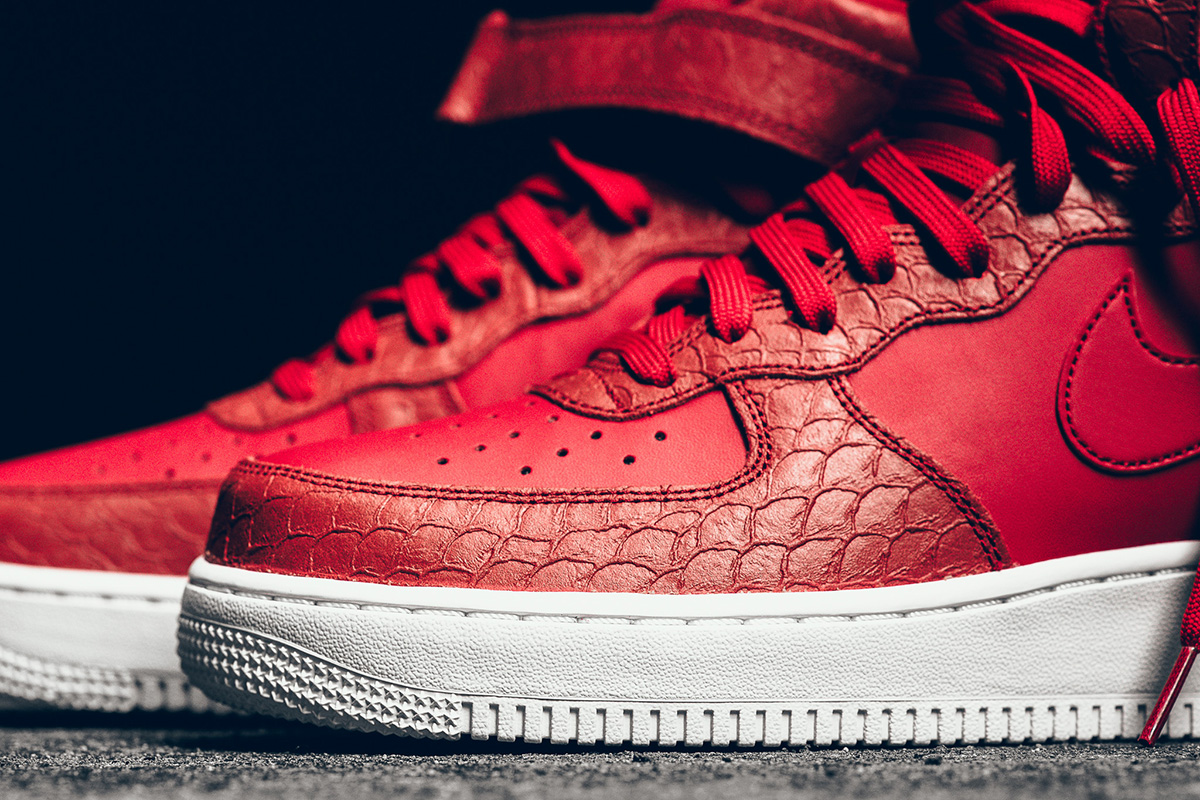promo code ccb66 09b53 ... new arrivals mid 07 lv8. nike red python air force 1 84661 4cb99