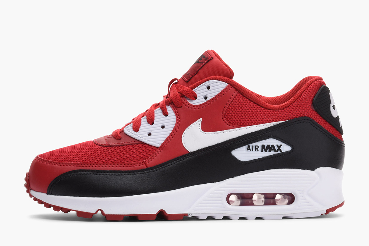 new arrival 5874a ee972 Nike Dresses Air Max 90 Essential in Tonal Green · Nike Sportswear Drops  Two Air Max 90 Essential Colorways for August