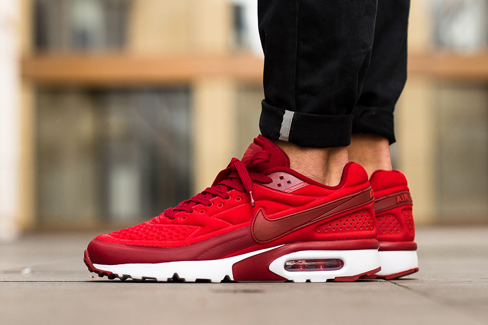 nike air max bw red white