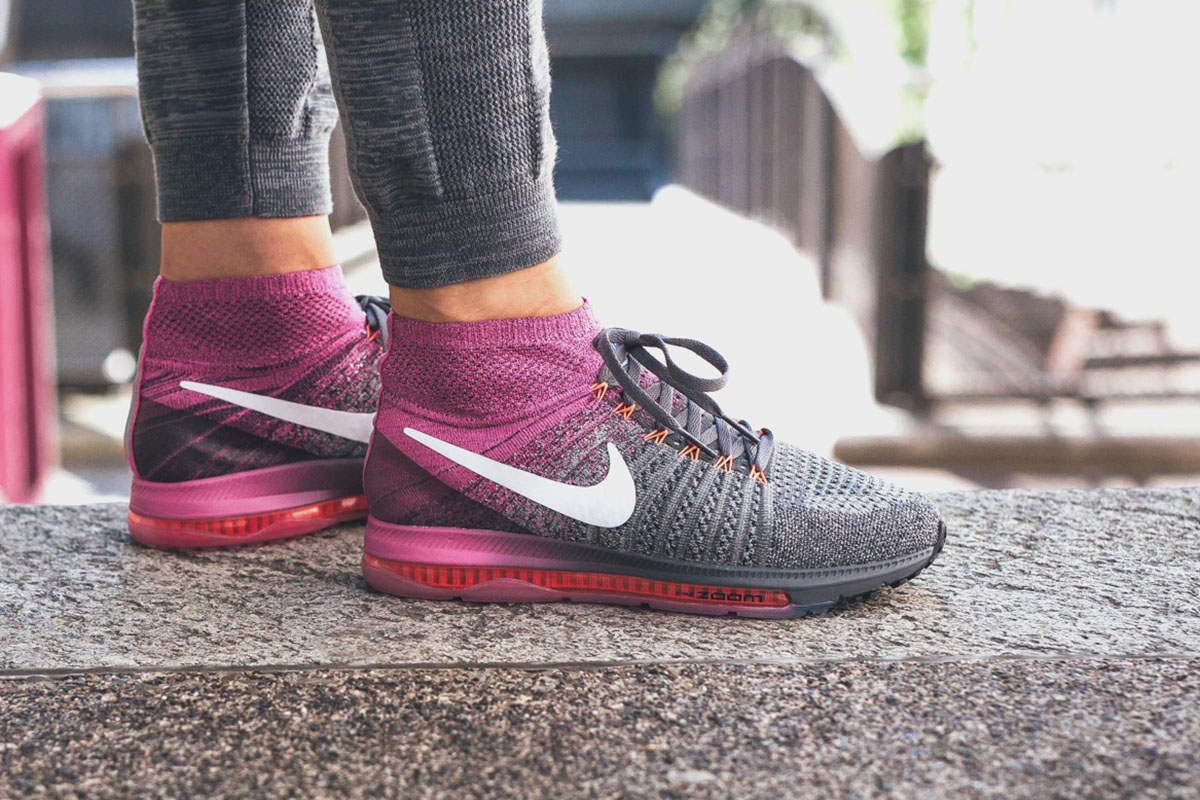 ab98991fb9289 ... new zealand on foot nike wmns zoom all out flyknit fire 50195 2e7f5