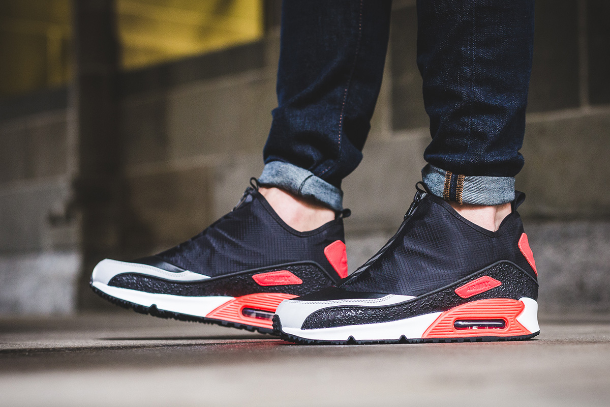3290c5202a3ca ... Size Nike Debuts the Air Max 90 Utility with Infrared Accents ...