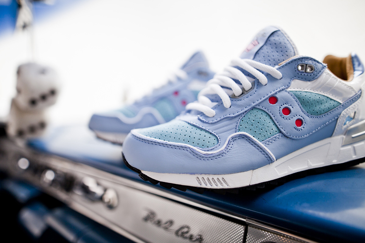 "Saucony x Extra Butter NY Shadow 5000 ""For The People"""