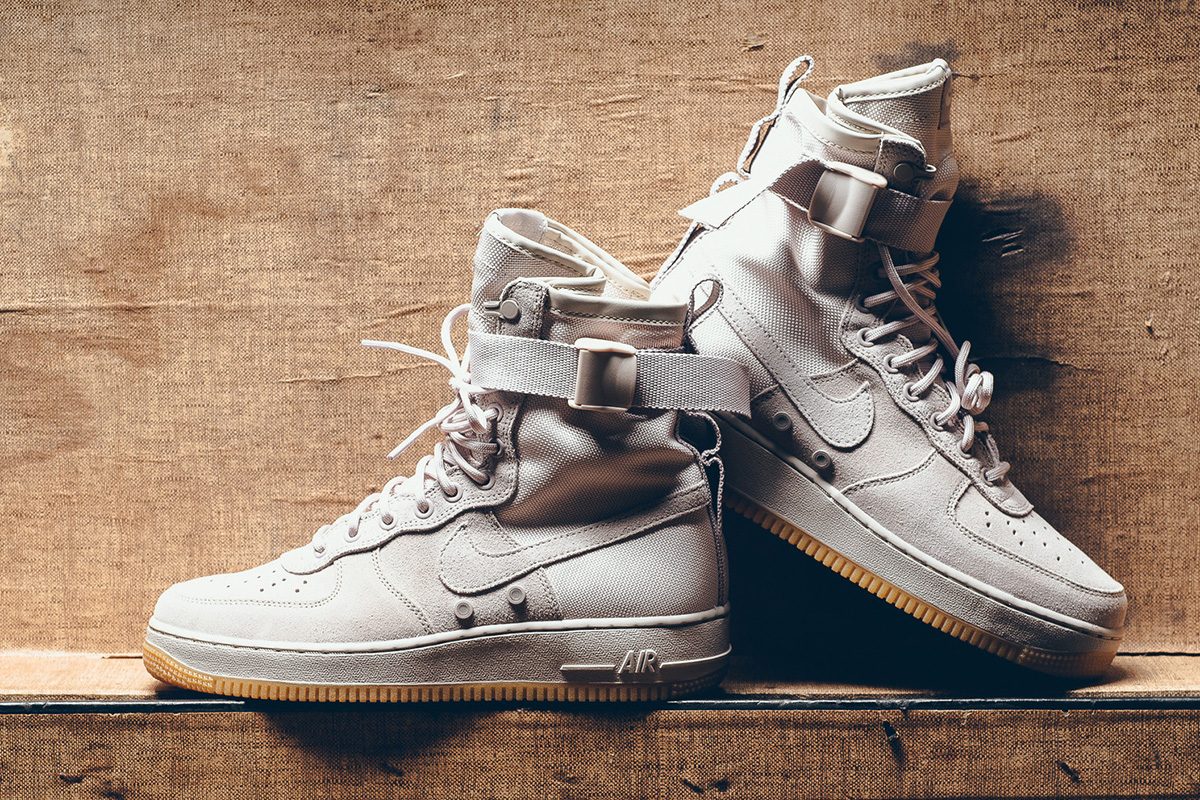 stringhe air force 1