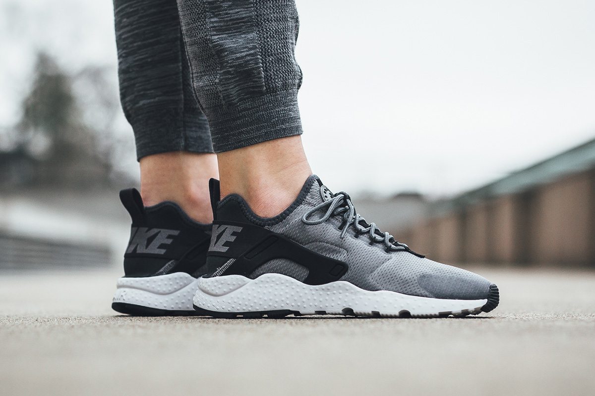pretty nice 72793 3c65b ... usa nike wmns air huarache run ultra cool grey anthracite f3b0c 259f8