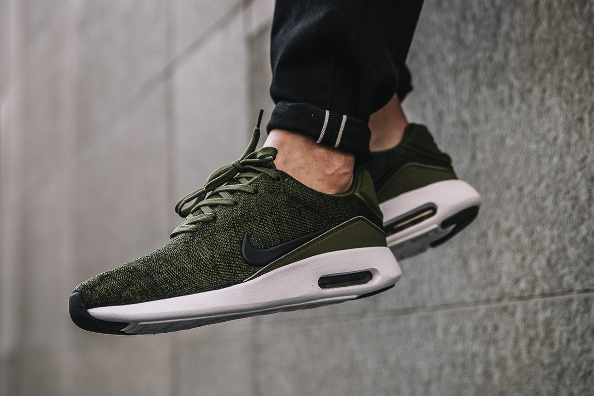 On-Foot: Nike Air Max Modern Flyknit