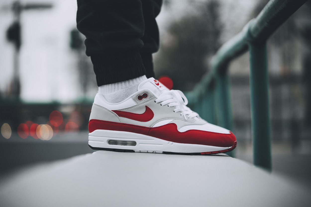 newest collection 65ad2 f2e54 ... closeout nike air max 1 anniversary og red on foot video detailed 314a2  d9031
