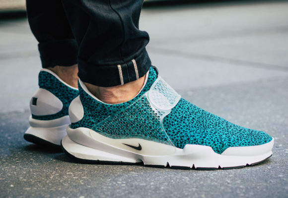 buy online 7fd1d 7dff5 On-Foot: Nike Sock Dart & Air Presto